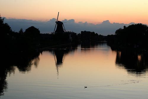Molen Van Alphen Aan Den Rijn Bij Zonsondergang