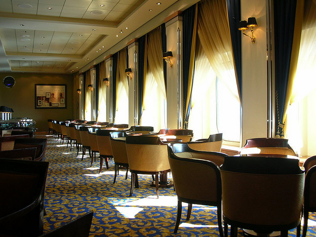 Cunard QM2 Queen's Room