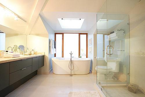 Bathroom By Peach Interior Design