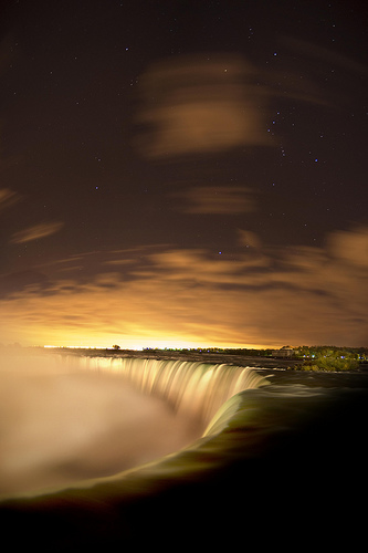 The Stars Of Niagara Falls