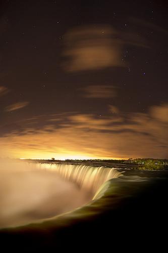 The Stars Of Niagara Falls