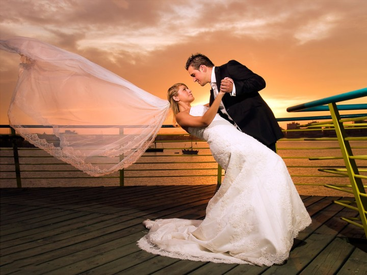 The Importance Of Dusk Lighting In Wedding Photography
